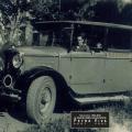 1940 - Le car du village
