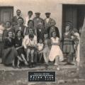 1930 - La famille de la main sur l\'épaule