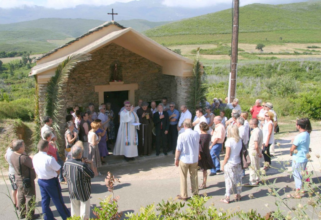 Inauguration chapelle Saint-Léonard. 27 juin 2009. Photo D.A.