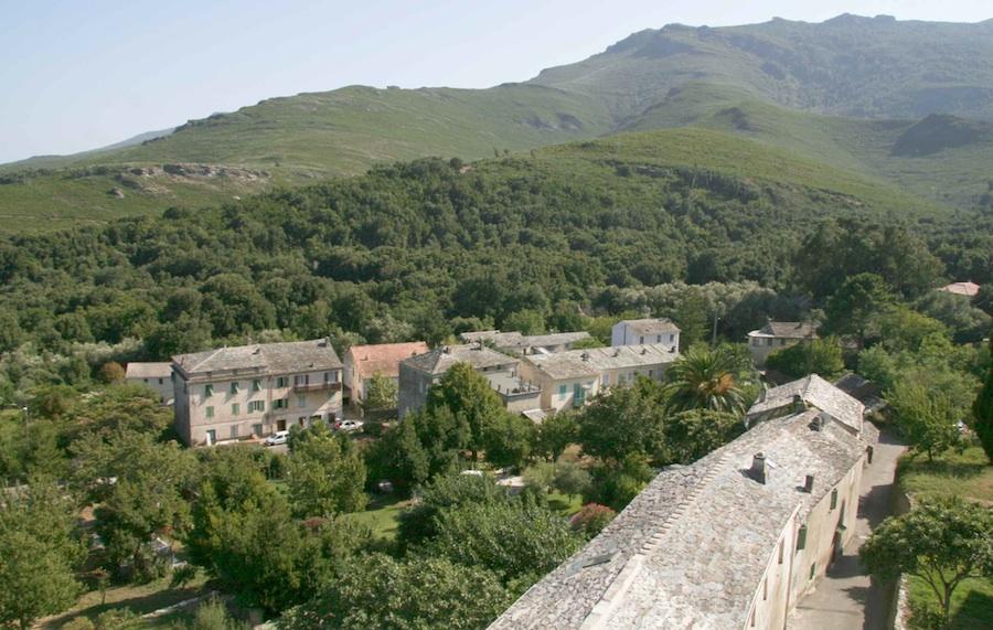 Le Ponticellu vu de l'Ornetu. Août 2010. Photo D.A.