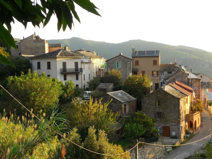 Pietronacce vue de la funtana fresca. Octobre 2010. Photo D.A.