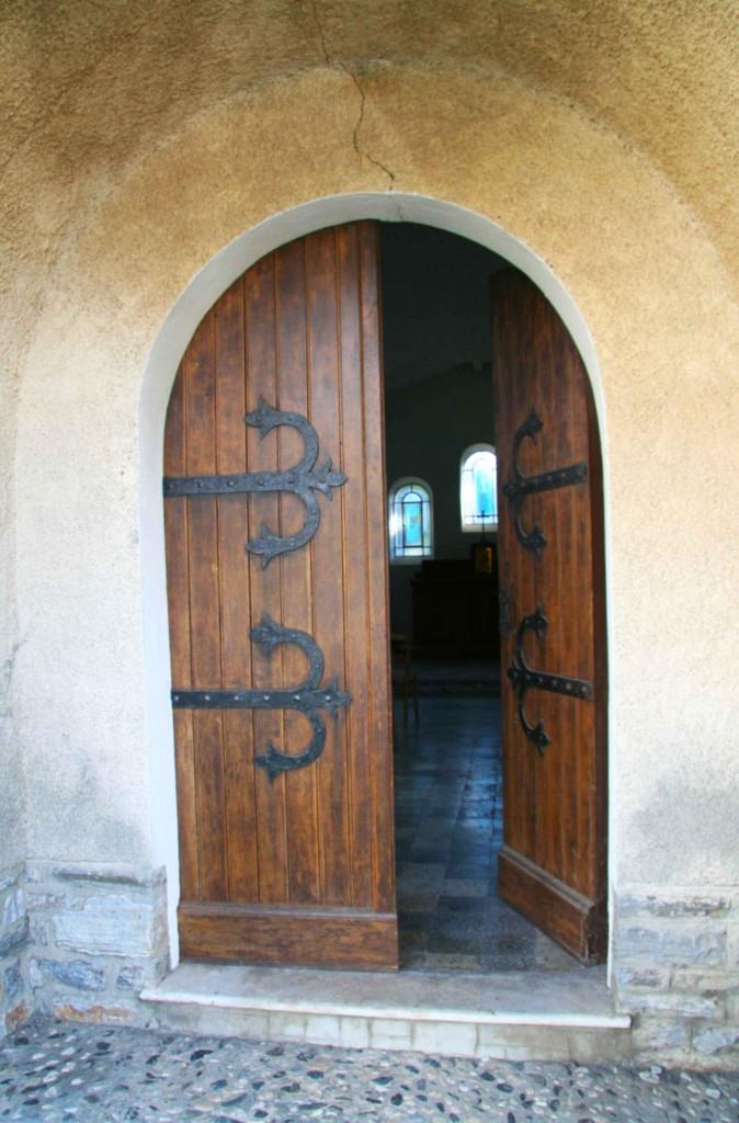 Porte de Saint-Antoine de Padoue. Décembre 2011. Photo D.A.