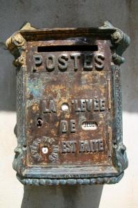 Décapage de la porte de la Mougeotte. Août 2008. Photo D.A.