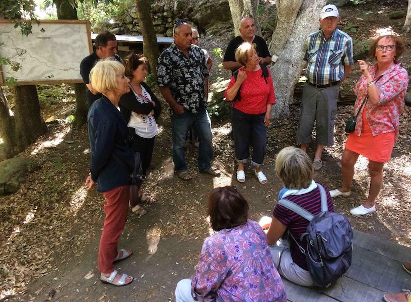 Visite des adhérents de Petre Scritte au Mulinu vivu