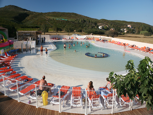 Piscine du camping. Juillet 2007. Photo D.A.